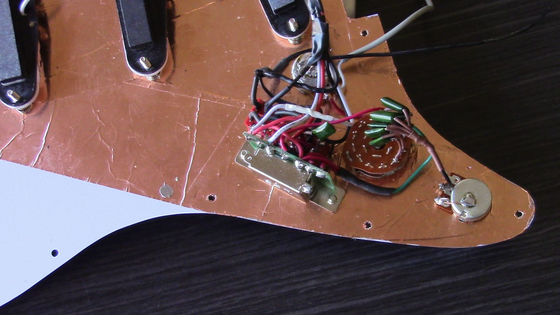 9-Way Strat Switching – Middle Pickup Half Out-Of-Phase – Varitone ...